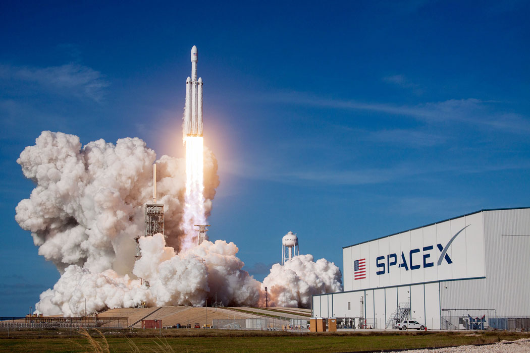 SPACEX_1200x700-5a7a.jpeg